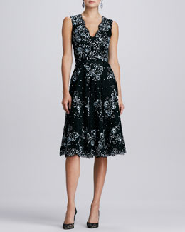 Oscar de la Renta V-Neck Embellished Lace Dress