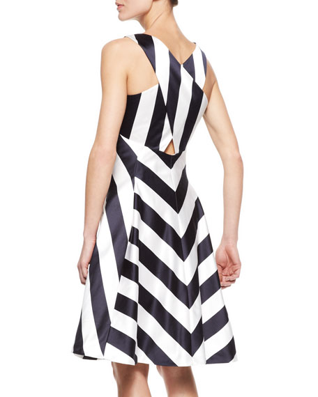 Sleeveless V-Neck Chevron Flared Dress, Navy/White