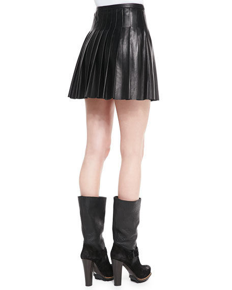 Pleated Glove Leather Skirt