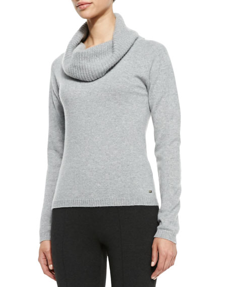 Loose-Turtleneck Cashmere Sweater