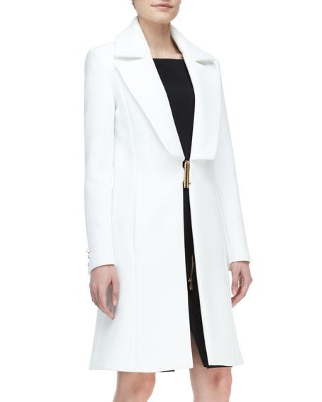 Wide-Lapel Metal-Close Coat