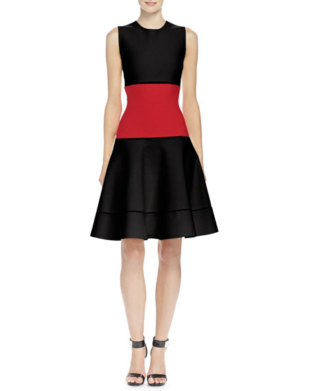 Alexander McQueenColorblock Jacquard Fit-And-Flare Dress, Black/Red