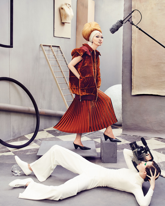 cceb233618 Stella McCartney Gianna Metallic Pleated Lace-Trim Skirt, Sienna | Neiman  Marcus