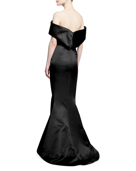 Off-the-Shoulder Trumpet Gown, Black