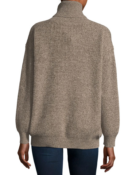 Chunky Cashmere-Wool Turtleneck Sweater
