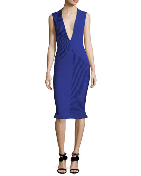 Brandon Maxwell Sleeveless Deep V-Neck Pintucked Crepe Tulip