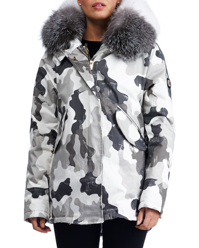 Hooded Camouflage-Print Puffer Après-Ski Jacket with Fox Fur Trim
