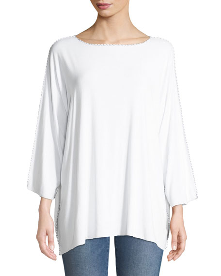 MADE ON GRAND Cross Applique Boat-Neck Batwing Jersey Tunic in White