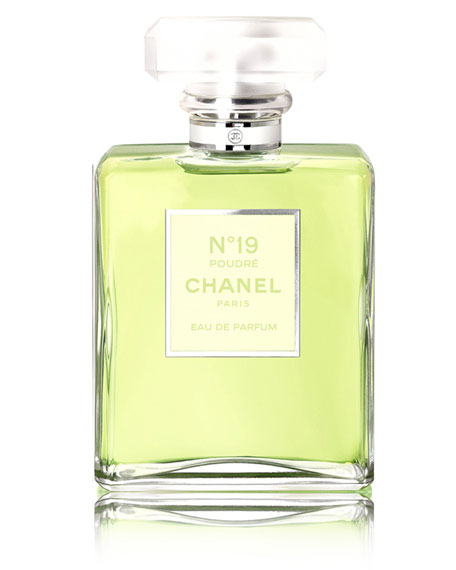 <b>N°19 POUDRÉ </b><br>Eau de Parfum Spray, 1.7 oz./ 50 mL