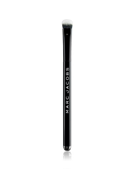 Marc Jacobs The Conceal Sculpting Concealer Brush