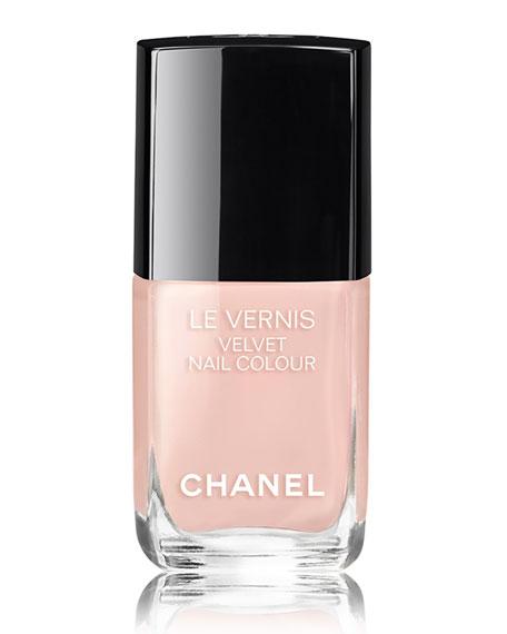 LE VERNIS VELVET- COLLECTION LIBRE<br>Longwear Nail Colour