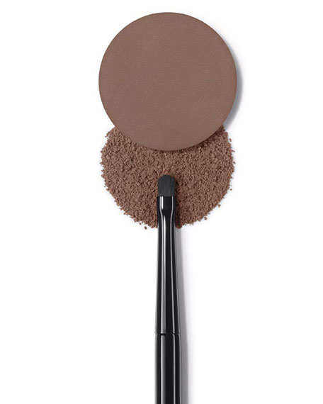 <b>LES PINCEAUX DE CHANEL</b><br> EYE-CONTOURING BRUSH