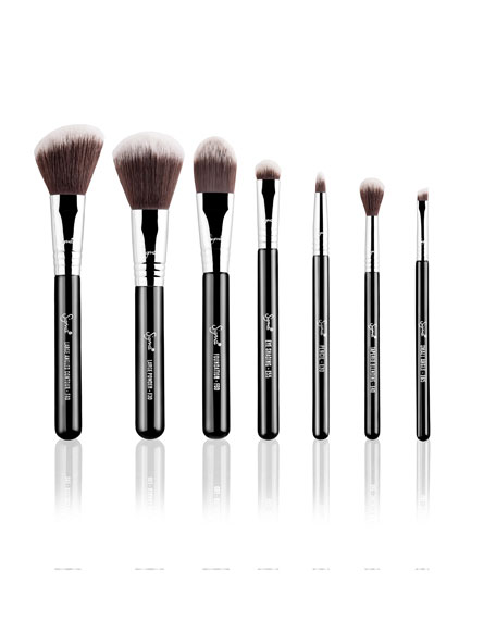 Travel Makeup Brush Kit – Mr. Bunny ($129.00 Value)