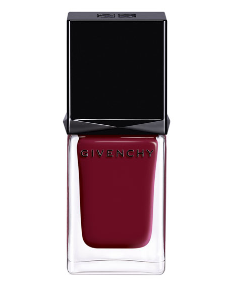 No 8 Grenat Initie Nail Lacquer
