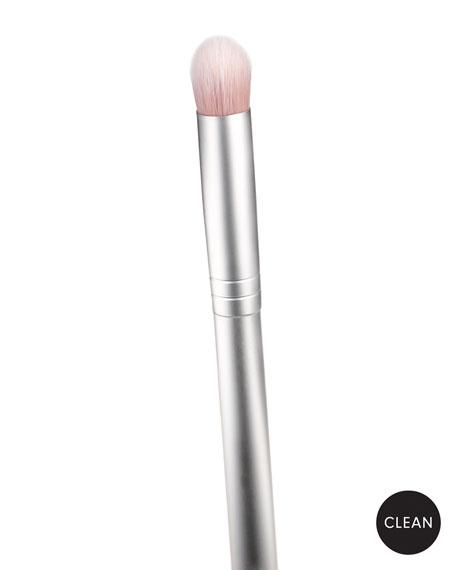 RMS Beauty Eye Polish Makeup Brush