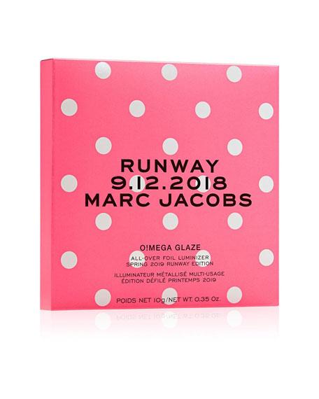 Marc Jacobs O!mega Glaze All-Over Foil Luminizer - Spring Runway Edition