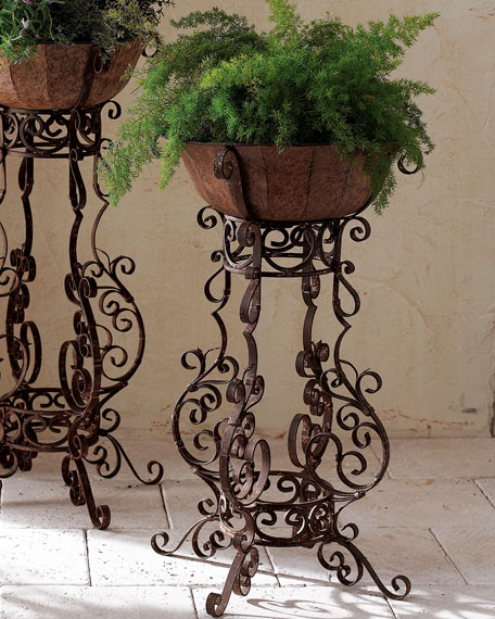 Tole & Iron Planters & Matching Items