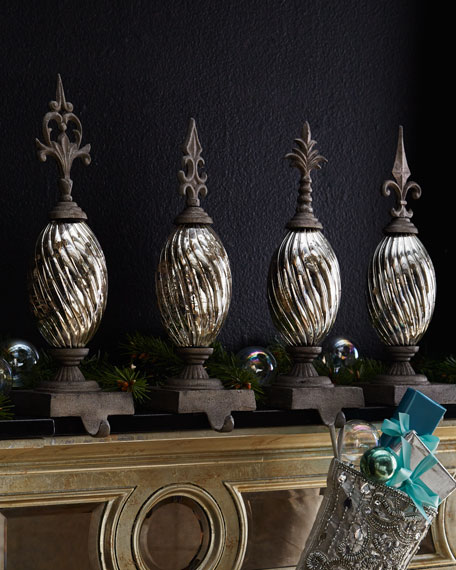 Silver-Tone Finial Stocking Hook