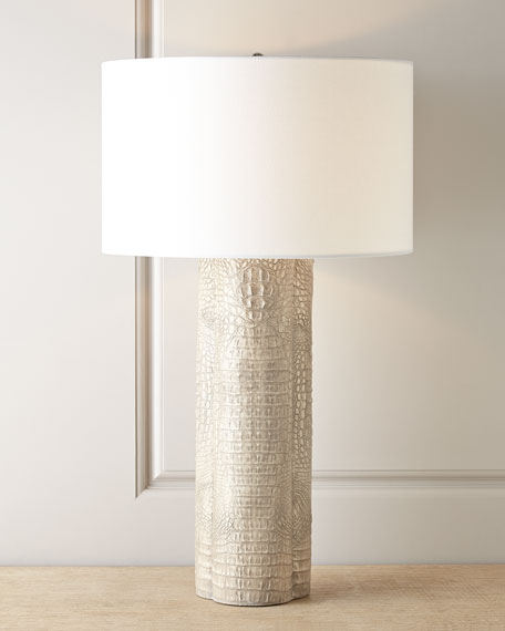 CROC CLOVER LAMP- LIGHT GREY