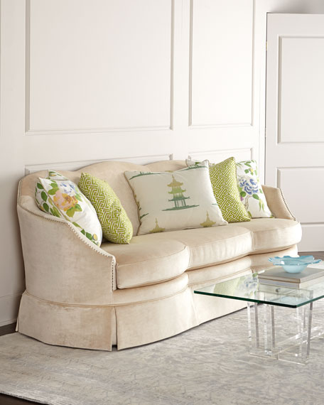 Massoud Brussels Sofa & Five-Piece Spring Pillow Set