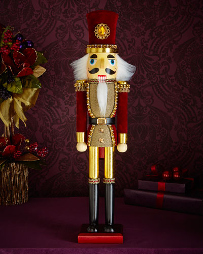 Royale Nutcracker