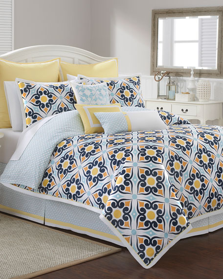 Savannah Tile-Print Queen 4-Piece Comforter Set