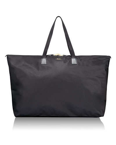 Black Voyageur Just In Case Travel Duffel