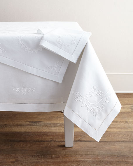 Italian Crest Table Runner