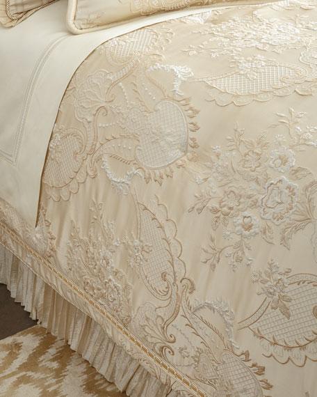 Austin Horn Classics King Charlotte Comforter