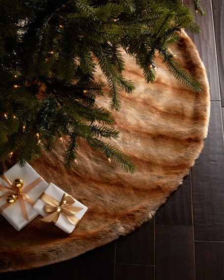 Faux-Fur Fox Christmas Tree Skirt