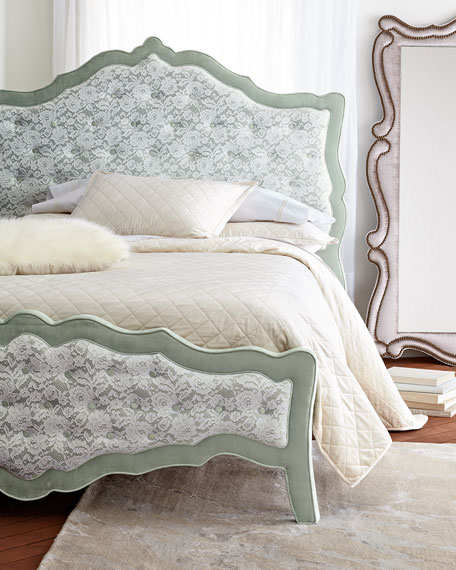 Sorbonne Tufted Queen Bed