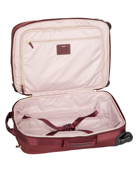 Voyageur Merlot Super Leger International Carry-On Luggage
