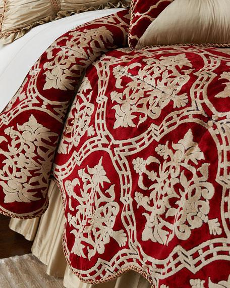 Austin Horn Classics Queen Camelot Comforter
