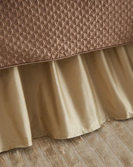 Queen Camelot Dust Skirt