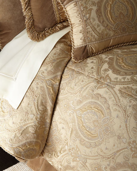 Austin Horn Collection Queen Renaissance Comforter