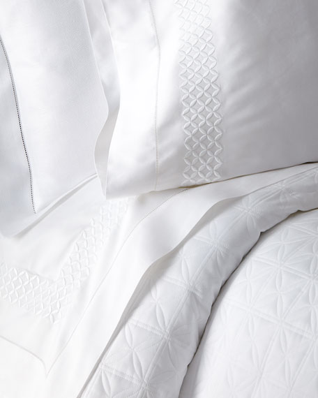 Home Treasures Two Standard 300 Thread Count Avalon