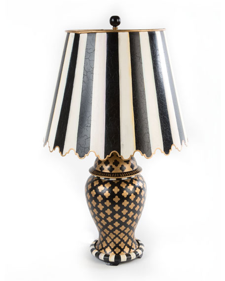 Quatrefoil Small Table Lamp