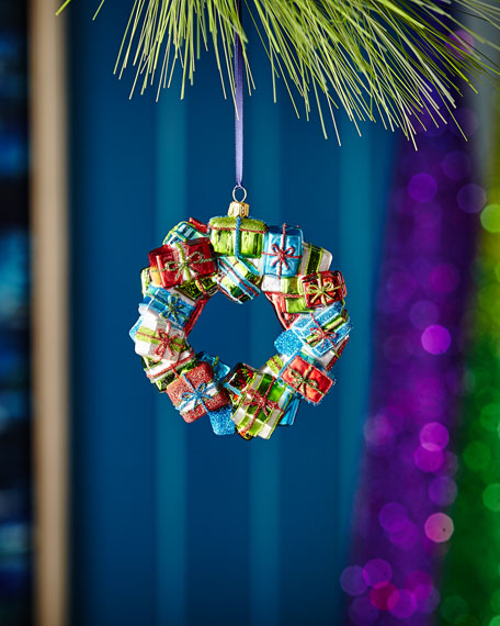 Red & Green Collection Present Wreath Ornament