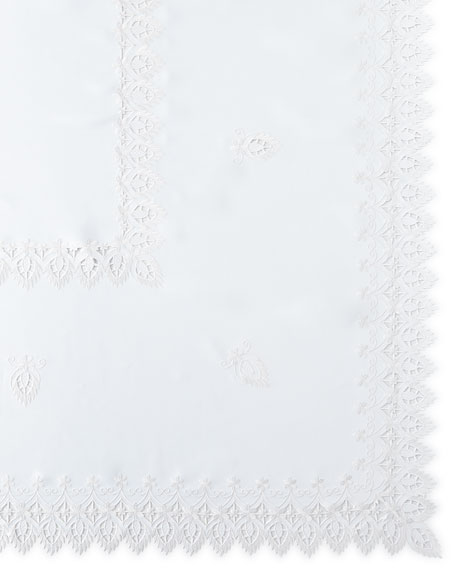 """Zella 72"""" x 144"""" Tablecloth & 12 Napkins"""