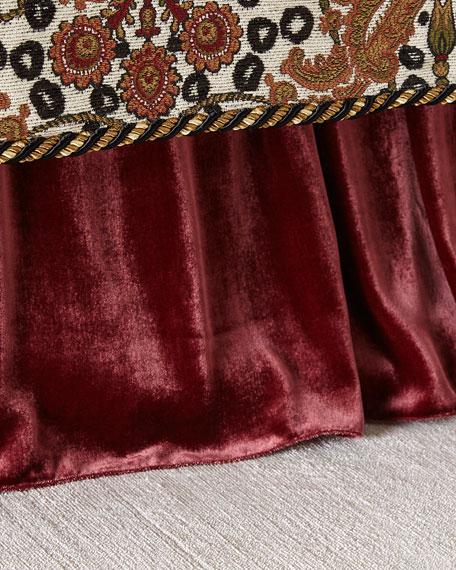 Maximus Medallion Adjustable Velvet Dust Skirt