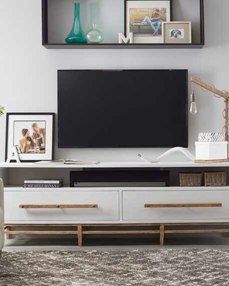Piernia Entertainment Console
