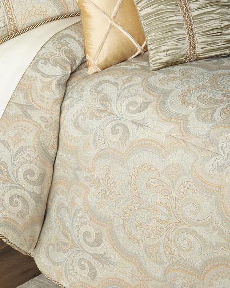 Laurel Queen Comforter