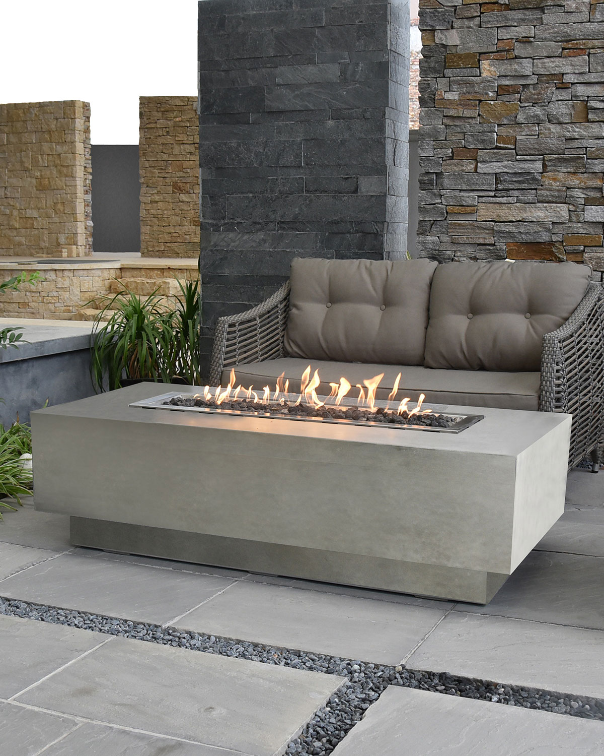 Elementi Granville Outdoor Fire Pit Table with Natural Gas ...