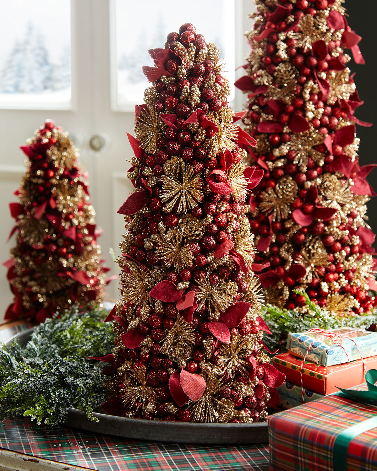 Red And Gold Christmas Trees: Salzburg Creations Burgundy And Rose Gold Fireworks