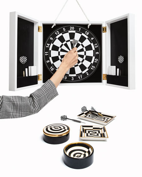 Op Art Dartboard Set