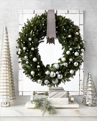 Green Ivy Leaf & Silver Ball Christmas Wreath, 32