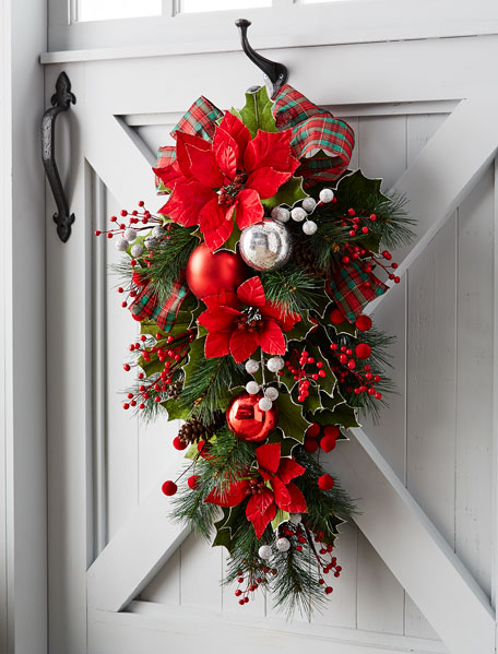 Classic Christmas Door Spray, 30""
