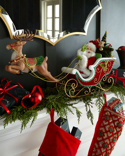 Santa's Sleigh & Reindeer Tabletop Decor