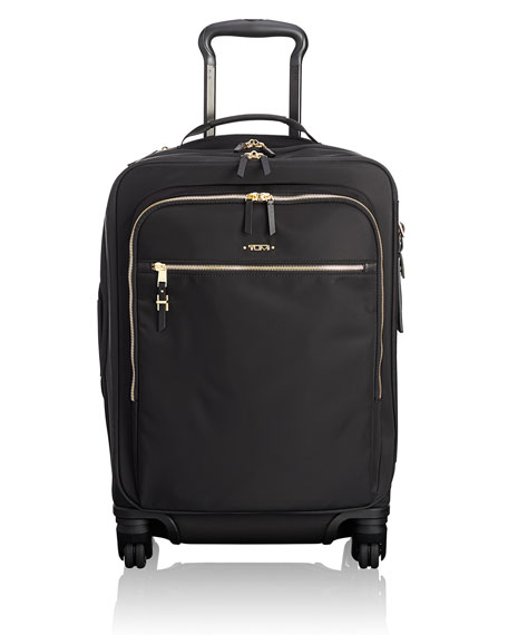 Voyageur Tres Leger International Carry-On Luggage, Black