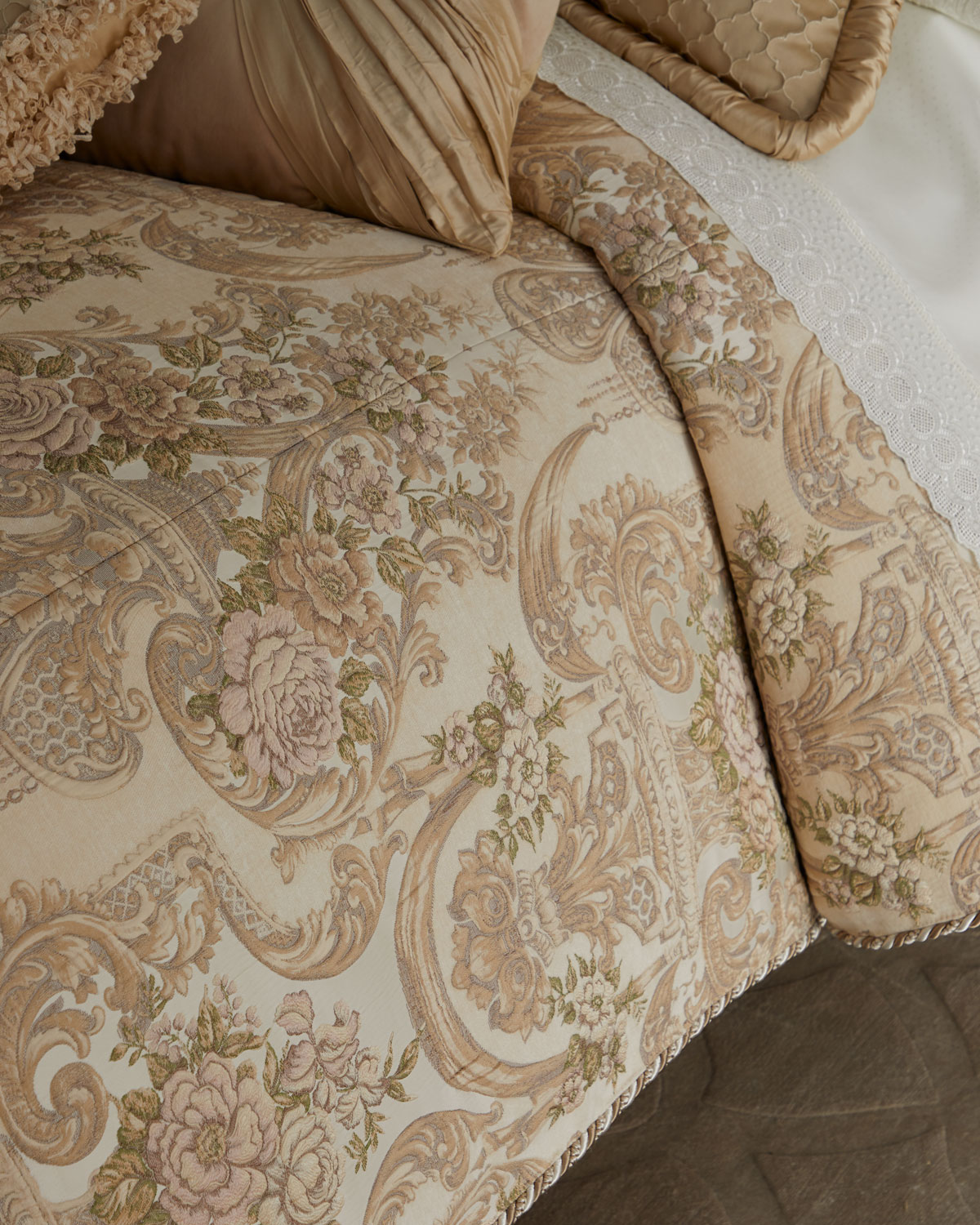 9b00fb913f71 Dian Austin Couture Home Mayorka King Duvet Cover with Tassels ...